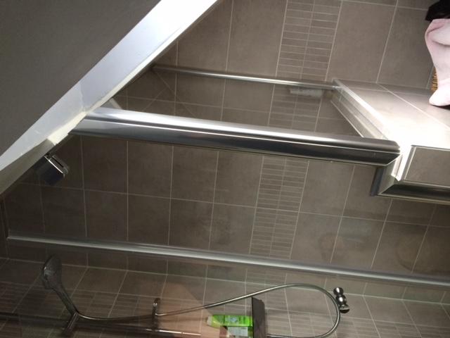 cr ation d 39 une salle de bains dans un volume restreint jmp services. Black Bedroom Furniture Sets. Home Design Ideas