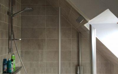 Création d'une salle de bains dans un volume restreint