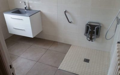 Adaptation d'une salle de bains pour une personne à mobilité réduite